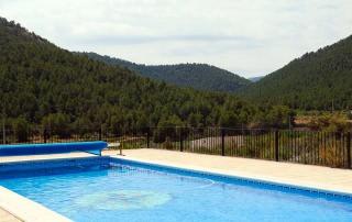 Montañas desde la piscina
